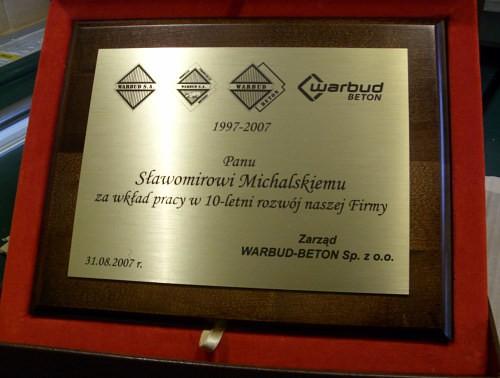 Dyplom grawerowany w laminacie na podkladzie dębowym w etui