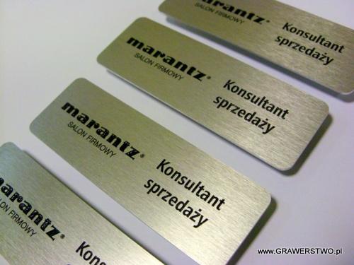 Identyfikatory grawerowane z aluminium