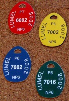 Numerki szatniowe grawerowane z laminatu grawerskiego