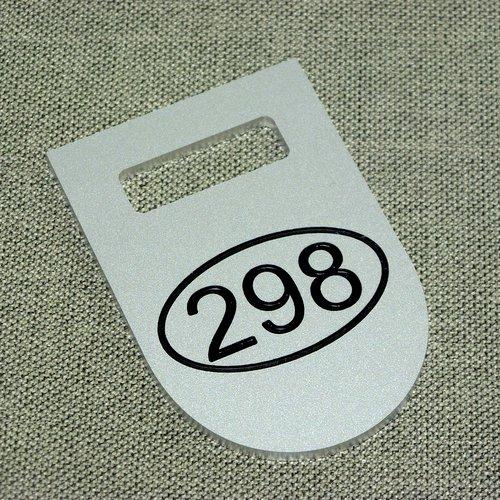 Numerek grawerowany z aluminium