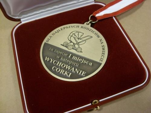 Medal grawerowany mosiężny w etui