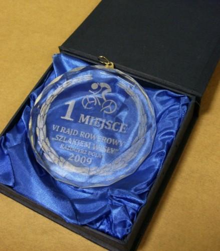 Medal szklany z grawerunkiem laserowym w etui
