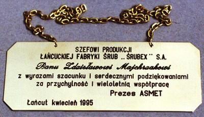 Grawerunek napuszczony farbą wykonany w tabliczce mosiężnaj