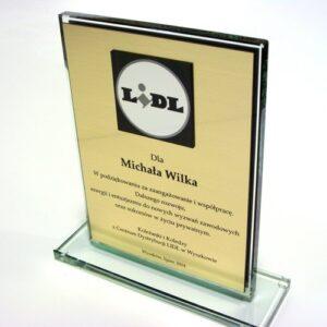 Dyplom grawerowany w laminacie lz 990 na statuetce szklanej