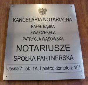 Szyld notarialny grawerowany w laminacie metalizowanym - stal szczotkowana
