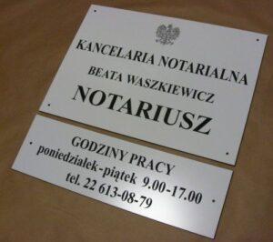 Szyld  notarialny grawerowany  laminat biały