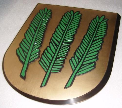 Herb gminy Nadarzyn wykonany z mosiądzu