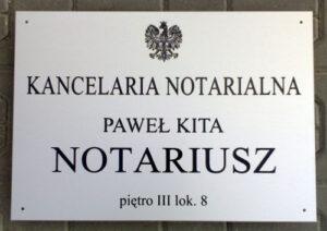 Szyld notarialny grawerowany w aluminium anodowanym o wymiarze 50x35 cm