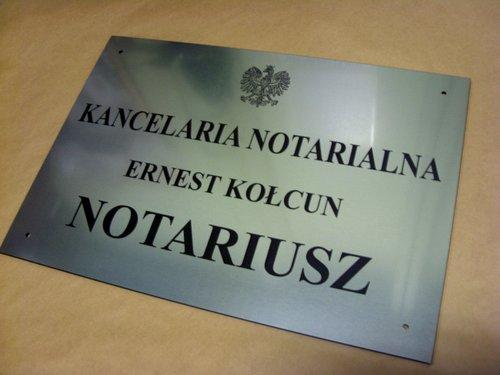 Tablica notarialna grawerowana - materiał laminat metalizowany odporny na warunki o wymiarach 50x35 cm zewnętrzne lzp 314