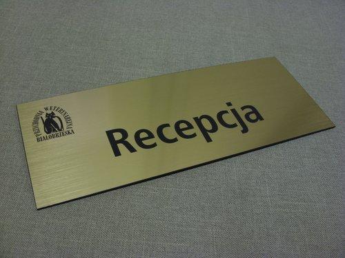 Tabliczka grawerowana z laminatu metalizowanego lz 990
