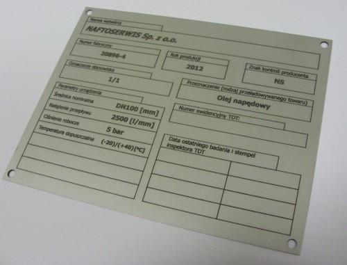 Tabliczka znamionowa grawerowana z aluminium - grawerunek wypełniony farbą