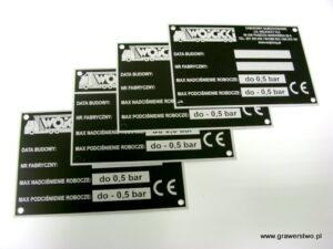 Tabliczki znamionowe grawerowane  z aluminium czarny mat